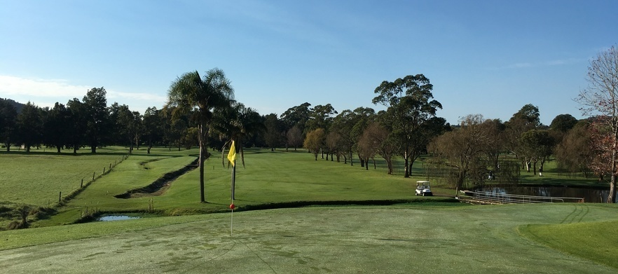 Golf for TWO with a Cart & Drinks at Jamberoo Golf Club