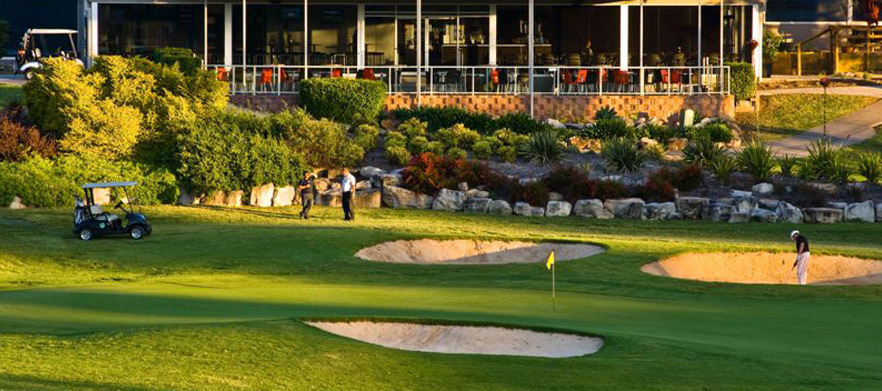 18 Holes for Two with a Motorised Cart & Drinks at Campbelltown Golf Club!