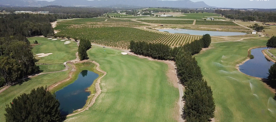 18 Holes For Two with a Cart & Drinks at the Beautiful Hunter Valley Golf
