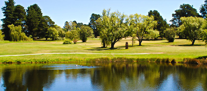 18 Holes for Two in a Shared Motorised Cart at Lithgow Golf Club!