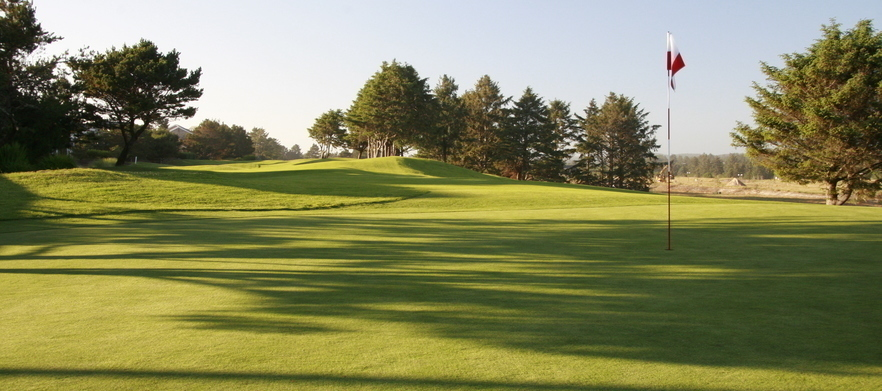 2 Night Stay at Peppers Craigieburn with Breakfasts, Golf at Highlands Golf Club & Bowral Golf Club.