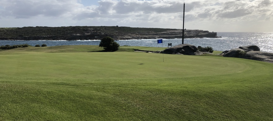 18 Holes For Four in Shared Motorised Carts With Drinks at Randwick Golf Course