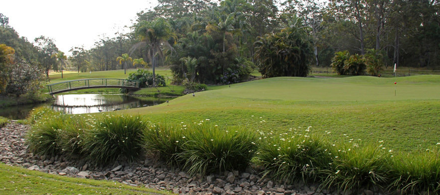 18 Holes For Two at Woodford Golf Club With Cart